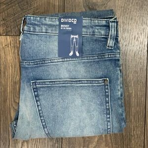 NWT Divided Women's Jeans